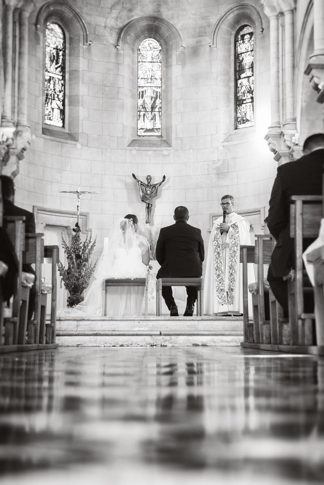Photographe de mariage, cérémonie à l'église