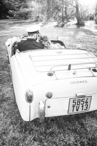 photographe de mariage, voiture des mariés