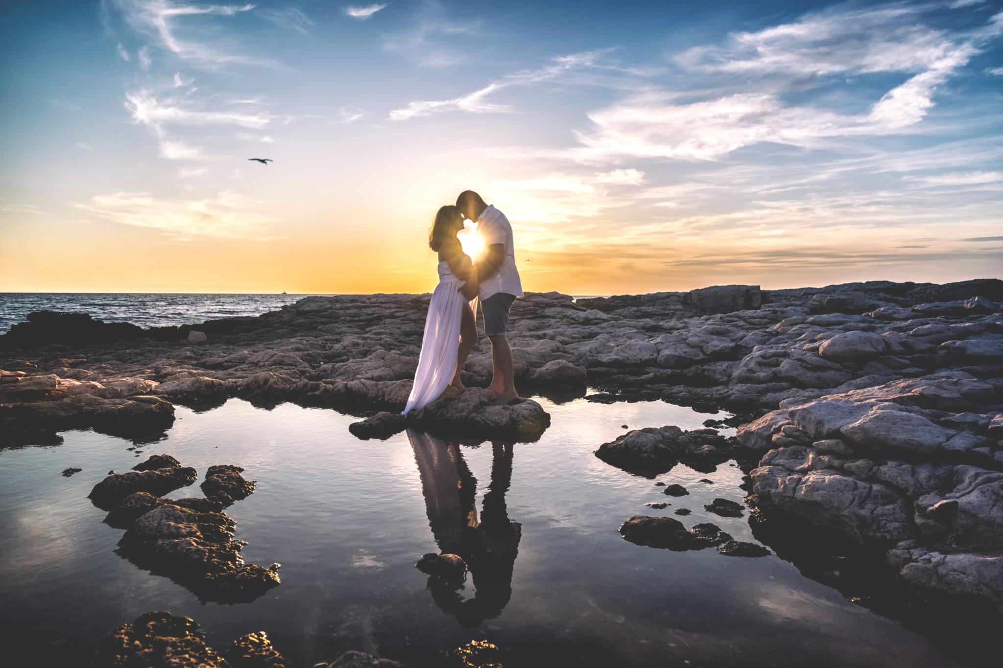 photographe grossesse couple bord de mer eternel present